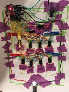 IMG 1740 e1504039889452 225x300 - Parce qu'une télécommande c'est surfait, place au cadre-télécommande !